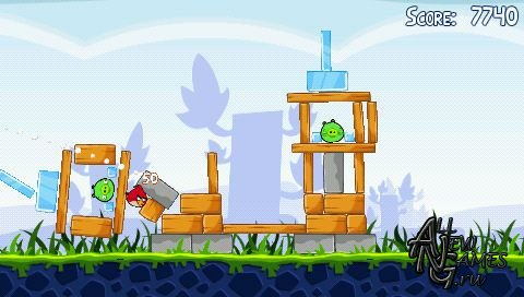 Angry Birds (2011/PSP/ENG)